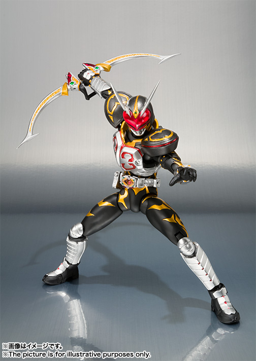 S.H.Figuarts 仮面ライダーカリス 01