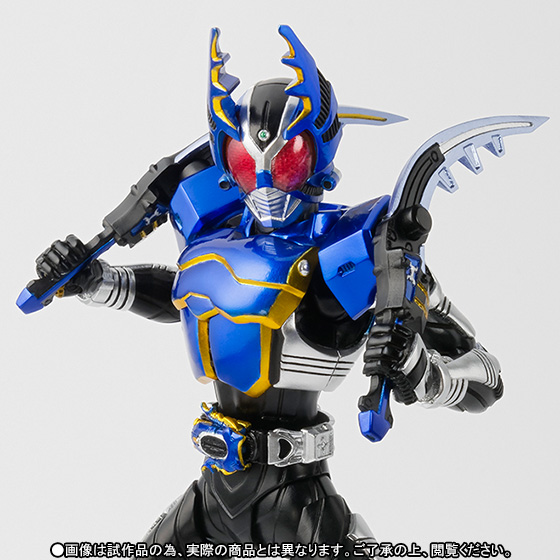 S.H.Figuarts(真骨彫製法) 仮面ライダーガタック ライダーフォーム 01