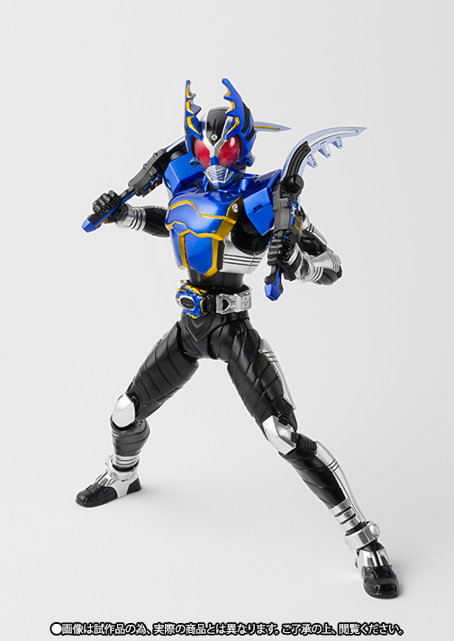 S.H.Figuarts(真骨彫製法) 仮面ライダーガタック ライダーフォーム 02
