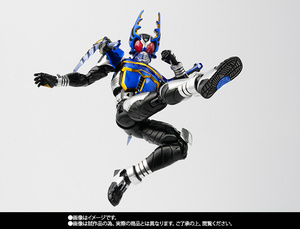 S.H.Figuarts(真骨彫製法) 仮面ライダーガタック ライダーフォーム【2016年10月発送分】 04