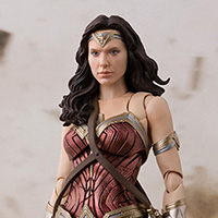 S.H.Figuarts ワンダーウーマン (JUSTICE LEAGUE)
